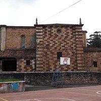 Iglesia de San Lorenzo en el Barrio de Pámanes (Liérganes)