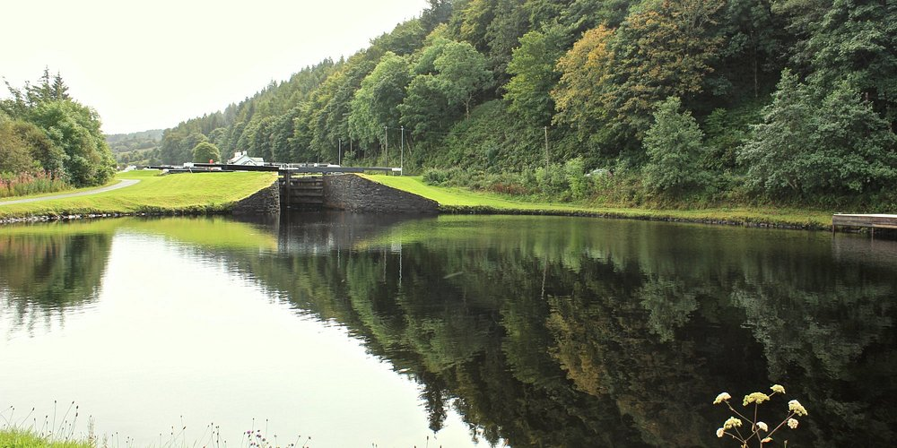Crinan Canal - pool above Lock 13