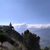A quota 967 metri sul livello del mare, sorge la piccola Chiesa di S.Calogero.