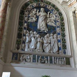 """""""Ascensione di Gesù"""", ceramica invetriata dei Della Robbia"""