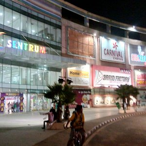 Mall front view