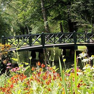 Broen over Isdammen. Foto: Liv Osmundsen, Det kongelige hoff