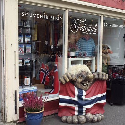 The Troll Geir in front of the shop :-)