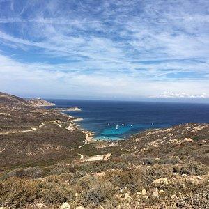 Baie de la Revellata, tranquille à l'abris du Cap
