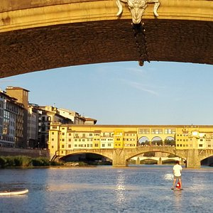 Enjoy the golden hour from your board in the quiet of the river