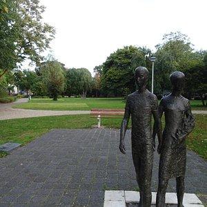 HET 4 DAAGSE MONUMENT-Het Julianapark Nijmegen uit 1926-