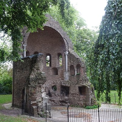 =Rijksmonument Barbarossa-Ruine of Sint Maartenskapel-