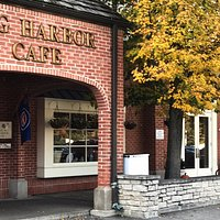 Welcome to Egg Harbor Cafe in Lake Forest