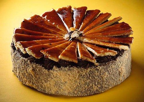 Make Dobos torta at Auguszt cukrászda!