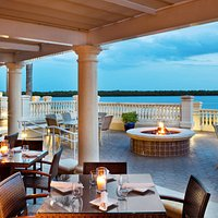 Marker 92 Waterfront Bar & Bistro
