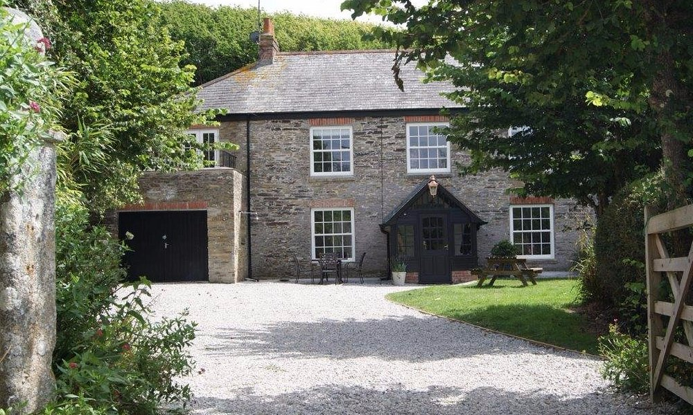 Lanthorn House - Porthcothan Bay, Cornwall Luxury 4* Self-catering Home