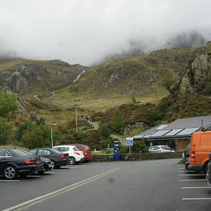 Clouds engulf the slopes above Llyn Ogwen