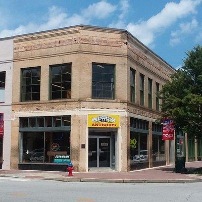 Whistle Stop Antique Mall Toccoa GA