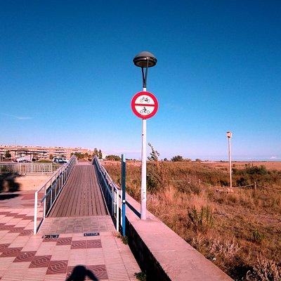 Platges de Cunit: aquí empieza Cubelles, pasarela nueva !!