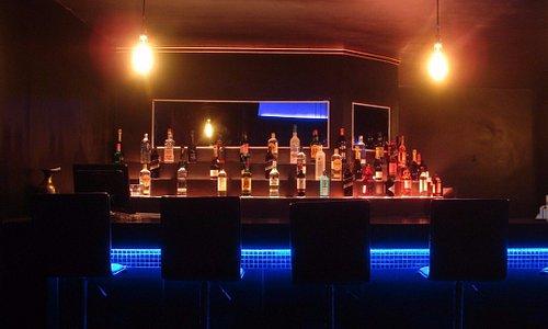 LeveL Bar Counter (Niamey)