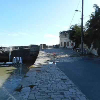 Port du Phare de Vallières Saint-Georges-de-Didonne