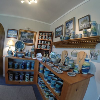 Gorgeous pottery, paintings, jewelry made on-site!