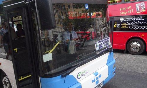 Керкира, городской автобус КТЕΛ, 29 августа 2017 года...