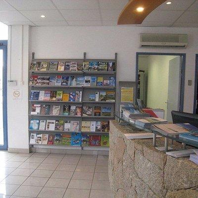 espace accueil - office de tourisme de la corse orientale - Ghisonaccia