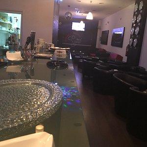 Johnnys Martini Bar & Lounge