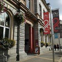 An Táin Arts Centre, based in the former Táin Theatre, Town Hall, Crowe Street.