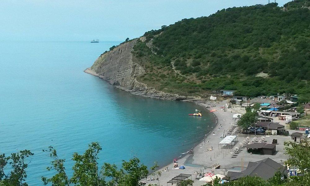 Вид с горы пляж Дюрсо