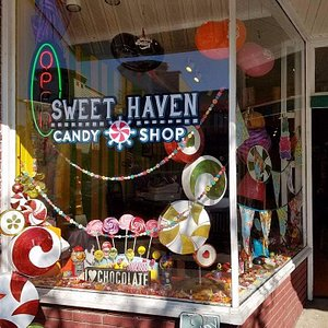 Sweet Haven Candy Shop, South Haven, MI, Exterior