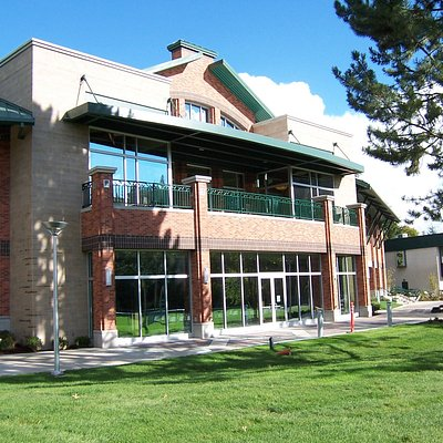 The parkside view of the Coeur d'Alene Public Library.