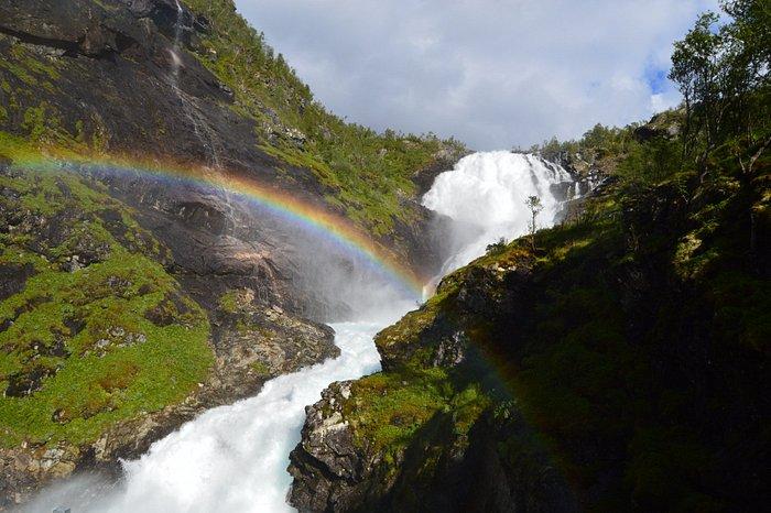 Precioso paisaje, minutos para no perderse el arcoiris.