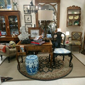 Visit Michele Lambert's Expressions at Mutiny Bay Antiques!