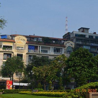 Saigon - the old buildings