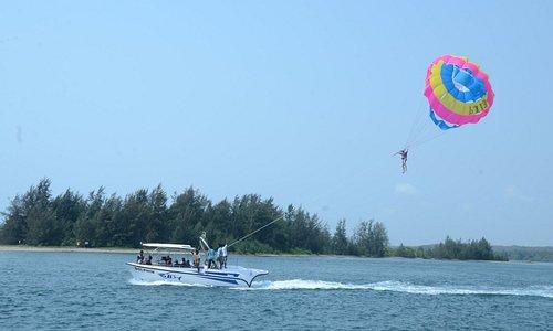Parasailing & Paragliding at SeaBird Tourism
