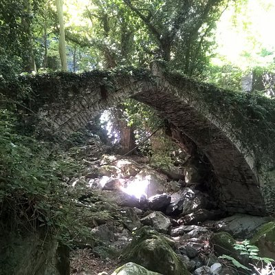 Tsagarada old stone bridge from 1728