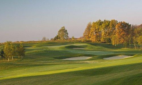 18-hole golf course, par 72