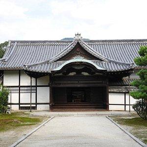 お寺の大玄関
