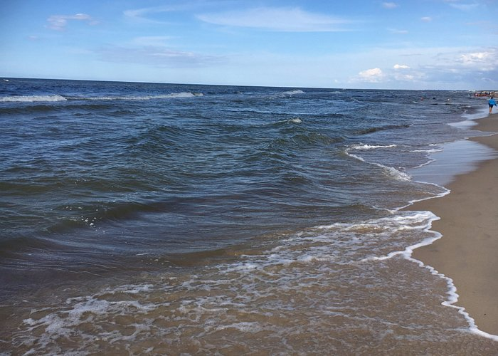 piaszczysta plaża w Sarbinowie