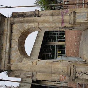 Portal de Pedra do Presídio Tiradentes