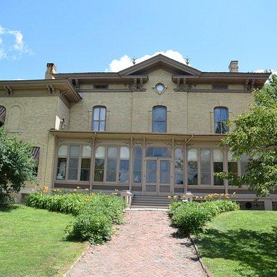 Exterior view of Villa Louis