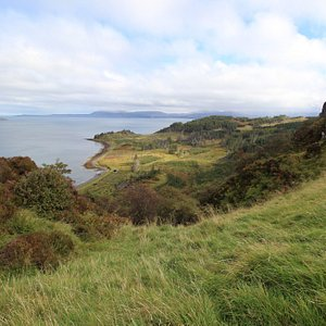 On the cliff walk looking East towards Trotternish across the Ascrib Islands