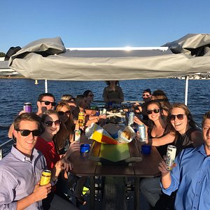 Company Outing to enjoy a day on the lake