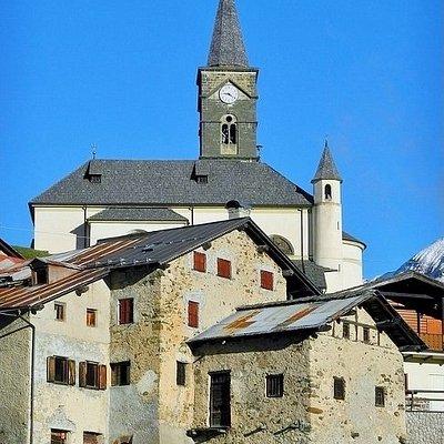Domina il borgo antico
