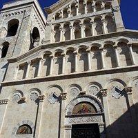 Esterno Catedrale Santa Cecilia
