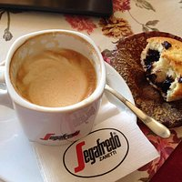 Great coffee, delicious cake and muffins.