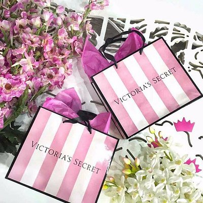 Victoria's secret gift bags and gift cards for Angels <3
