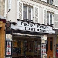 Façade théâtre sur rue