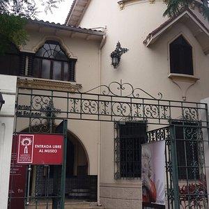 Guayaquil, Ecuador, Museo Presley Norton. Acceso.
