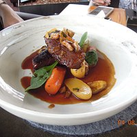 Braised beef with carrot and potatoes