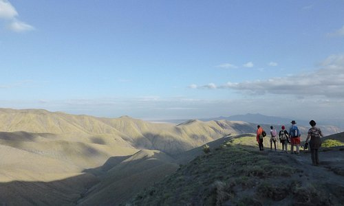 Walking an old Masaï trail for four days through breathtaking landscapes in Ngorongoro.