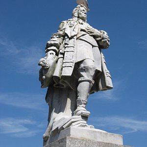 Statue of King William III, Prince of Orange, at Brixham