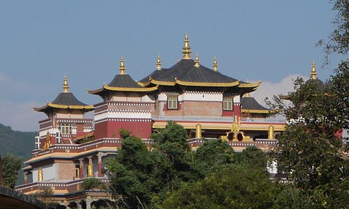 Another Buddhist temple nearby